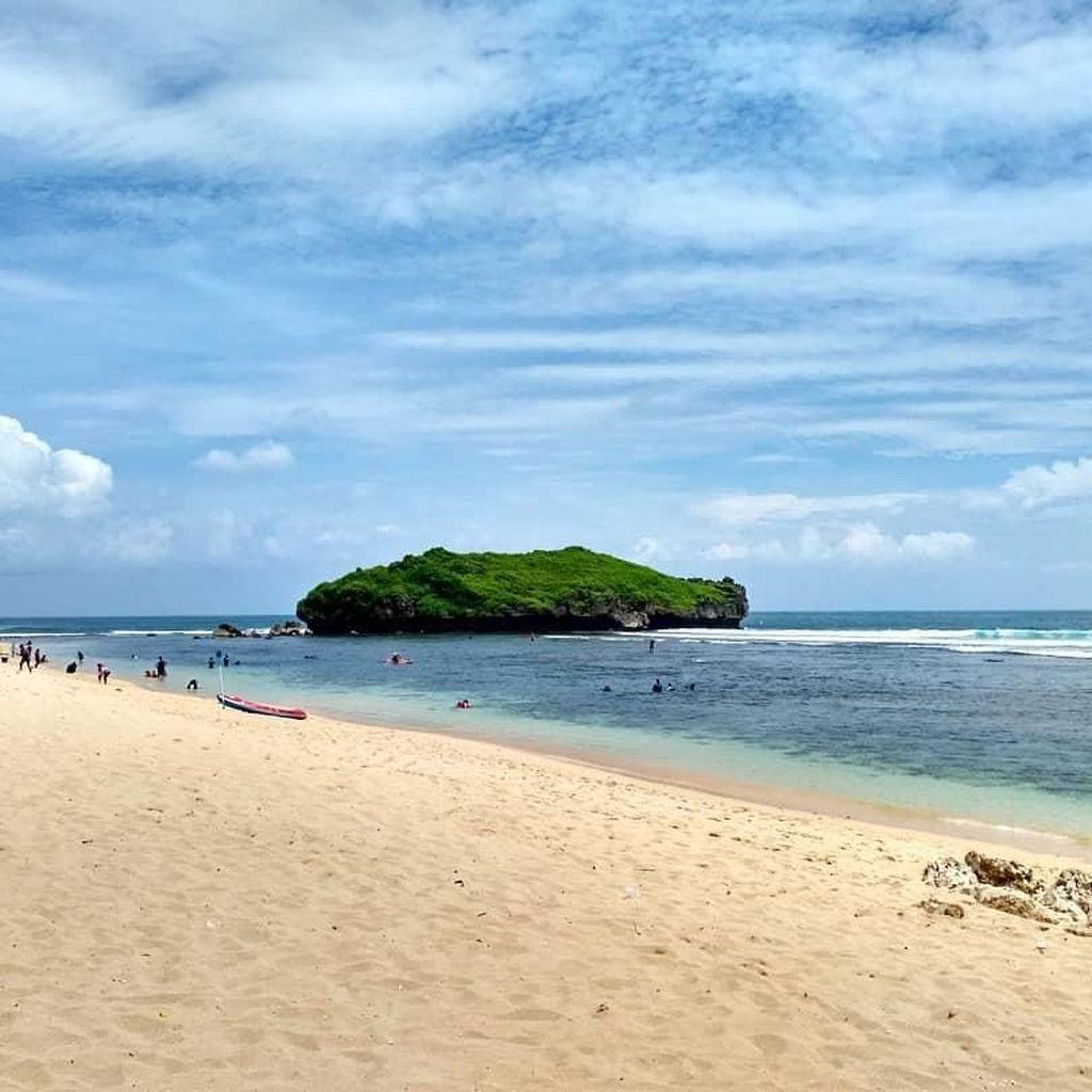 Pantai-pantai Cantik Gunungkidul Jepretan Netizen
