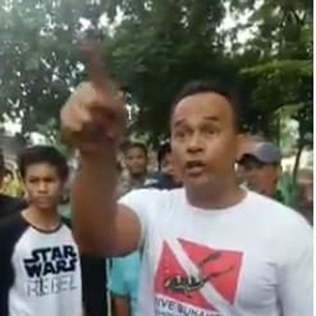 Video Anggota DPRD DKI Ngamuk saat Mobilnya Diderek