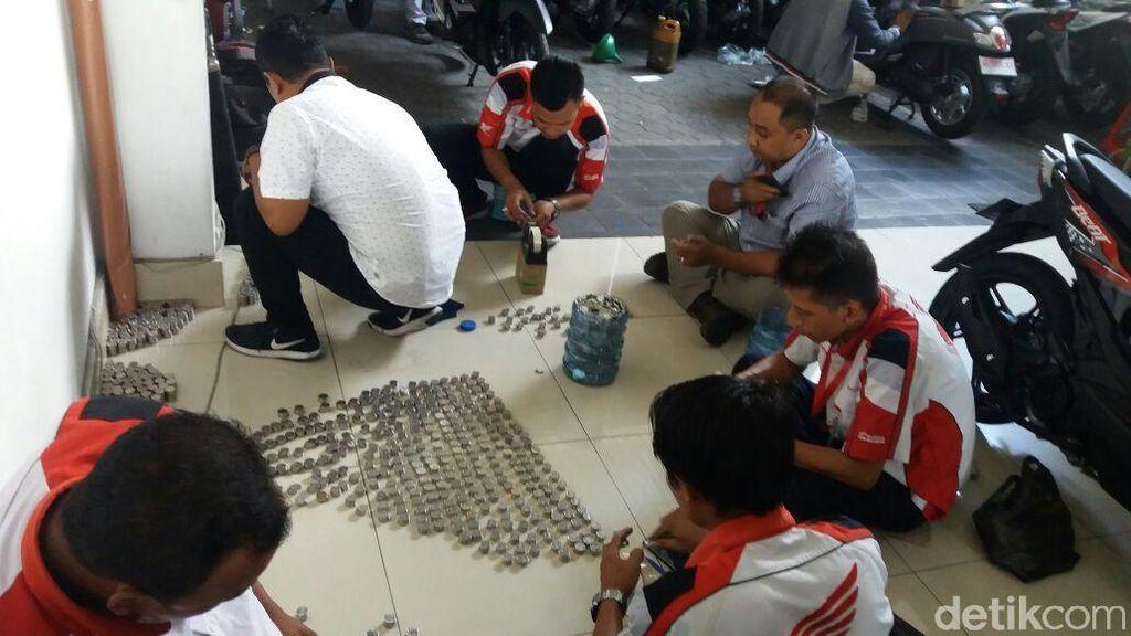 Heboh, Budi Beli Motor Trail Honda Pakai Uang Koin Rp 1.000
