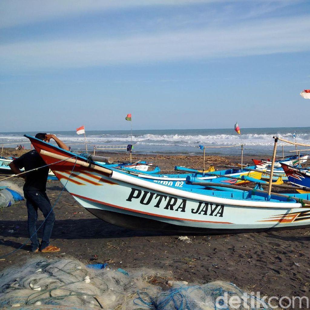 Gelombang Capai 4 Meter, Nelayan Kulon Progo 3 Hari Libur Melaut