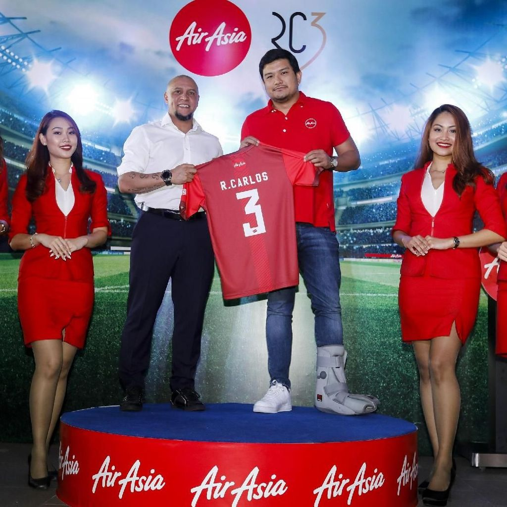 Roberto Carlos Jadi Duta AirAsia