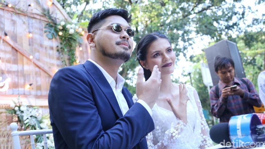 Garden Party Konsep Pernikahan Petra Sihombing dan Firrina Sinatrya