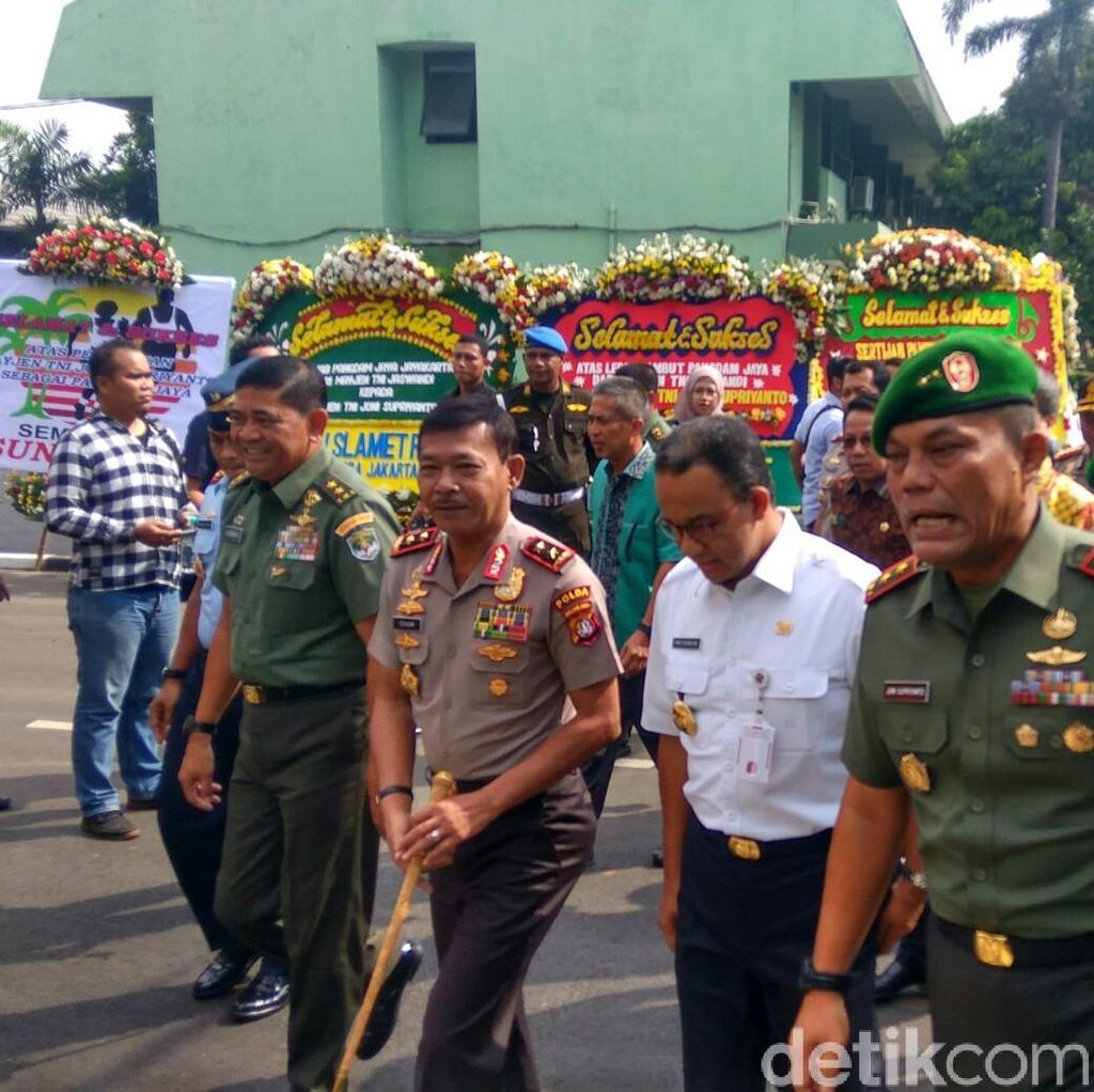Lepas Sambut Pangdam Jaya, Anies: Soldiers Never Retired