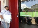 Foto: Rp 1 Triliun Uang Jemaah Raib, Kantor Abu Tours Digeledah