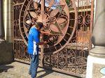 Mengintip Jeroan Rumah Mujiono yang Dibayar Uang Mainan Rp 4,5 M
