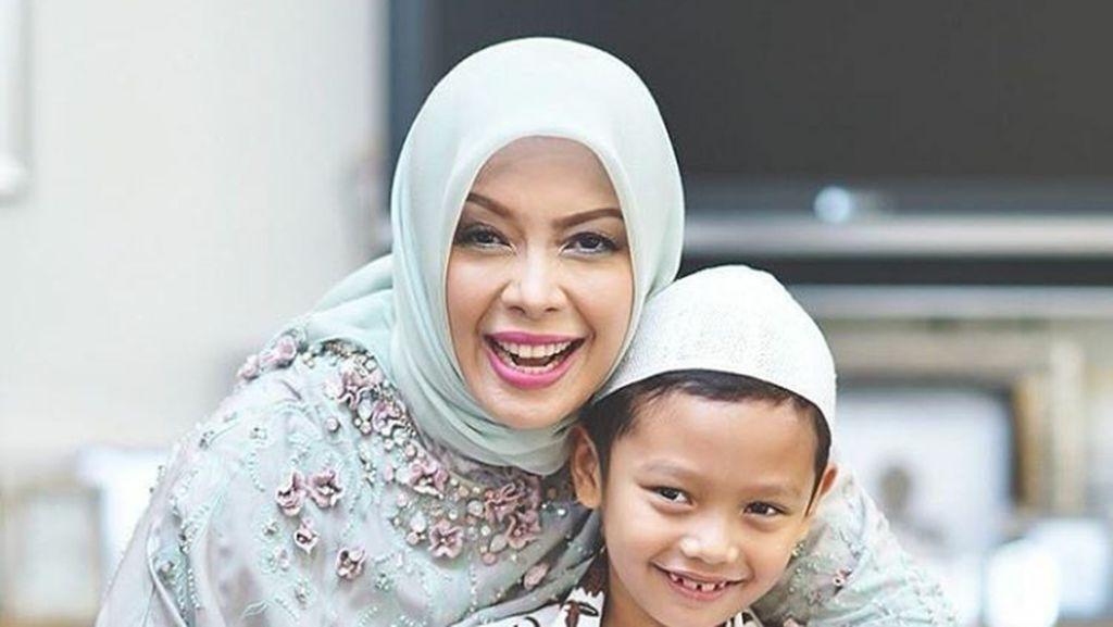 So Sweet! Momen Kebersamaan Nur Asia Uno bersama Anak-anaknya