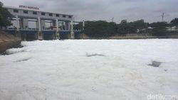 Air Kali BKT Marunda Berbusa, Petugas: Tercemar Limbah