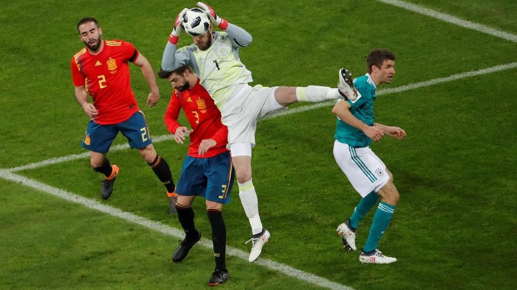 De Gea dan Ter Stegen Kritik Bola Piala Dunia