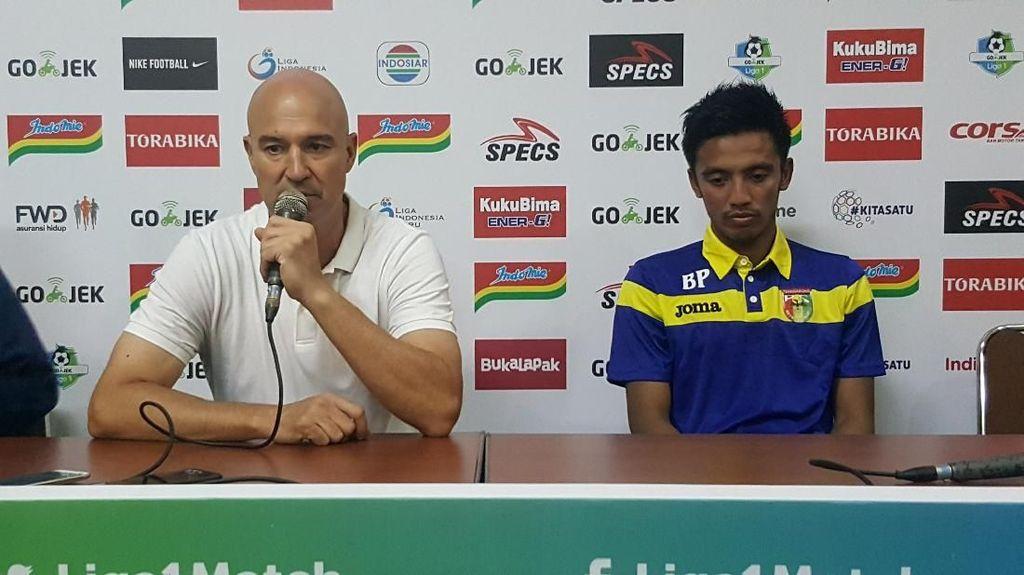 Awali Musim dengan Imbangi Arema FC, Mitra Kukar Puas