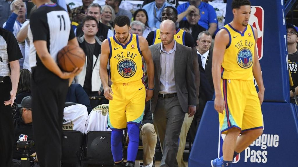 Warriors Menang, Curry Cedera Lagi