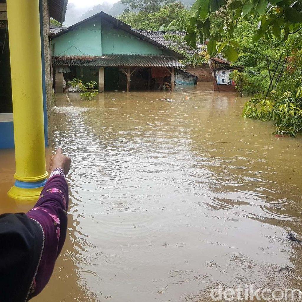 Banjir Rendam Puluhan Rumah Sukabumi
