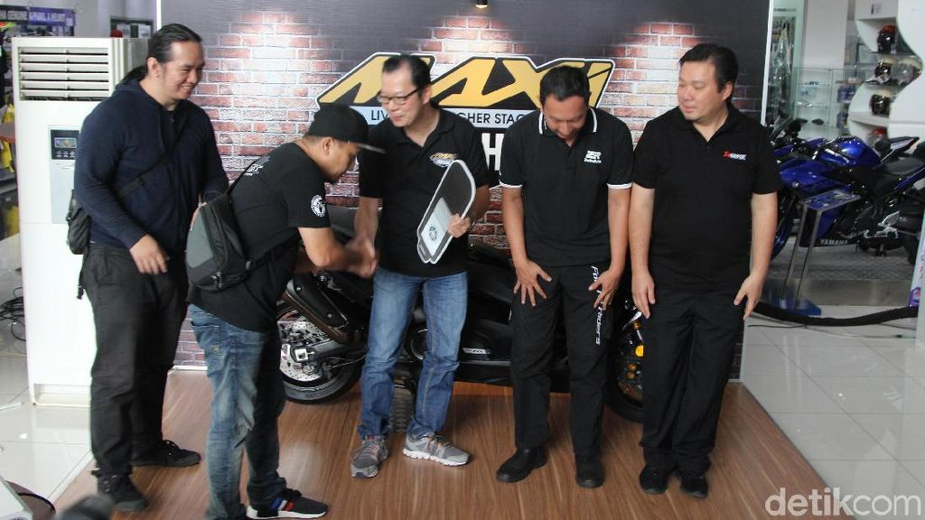 Skuter Yamaha TMAX Rp 299,9 Juta Mulai Dikirim ke Tangan Konsumen