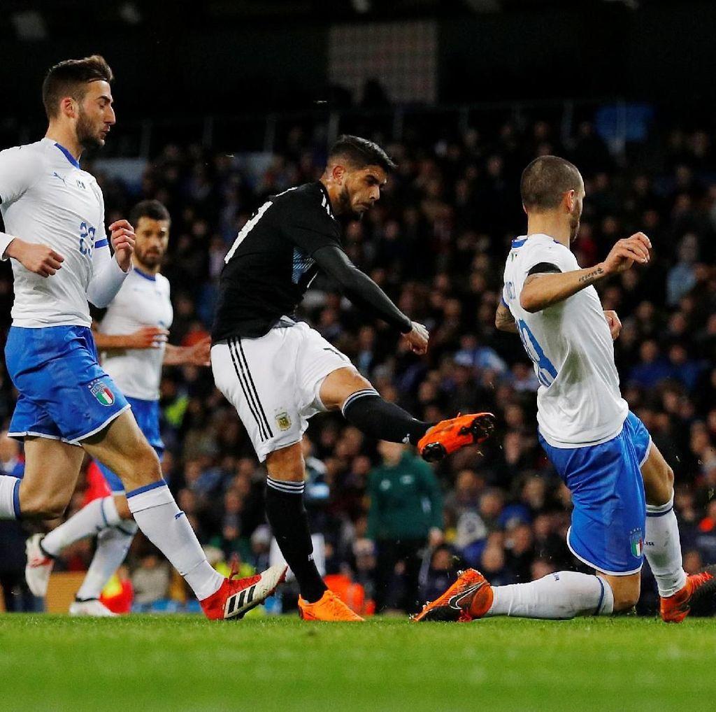 Tanpa Messi dan Aguero, Argentina Tekuk Italia 2-0