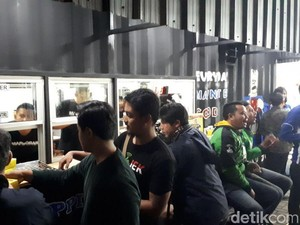 Makin Laris, Gibran Rakabuming Buka Outlet Markobar Ketiga di Kota Bandung