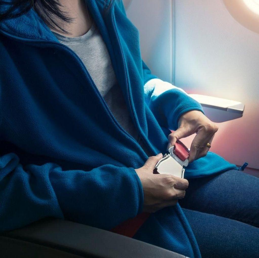 Jangan Sepelekan Penggunaan Seat Belt Pesawat! Ini Rahasianya