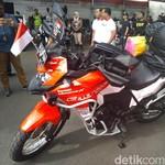 Tunggangi Sepeda Motor, Pria Ini Siap Bertualang Jakarta-London