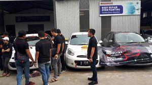 Ngobrol Singkat dengan Komunitas Mobil March Bandung