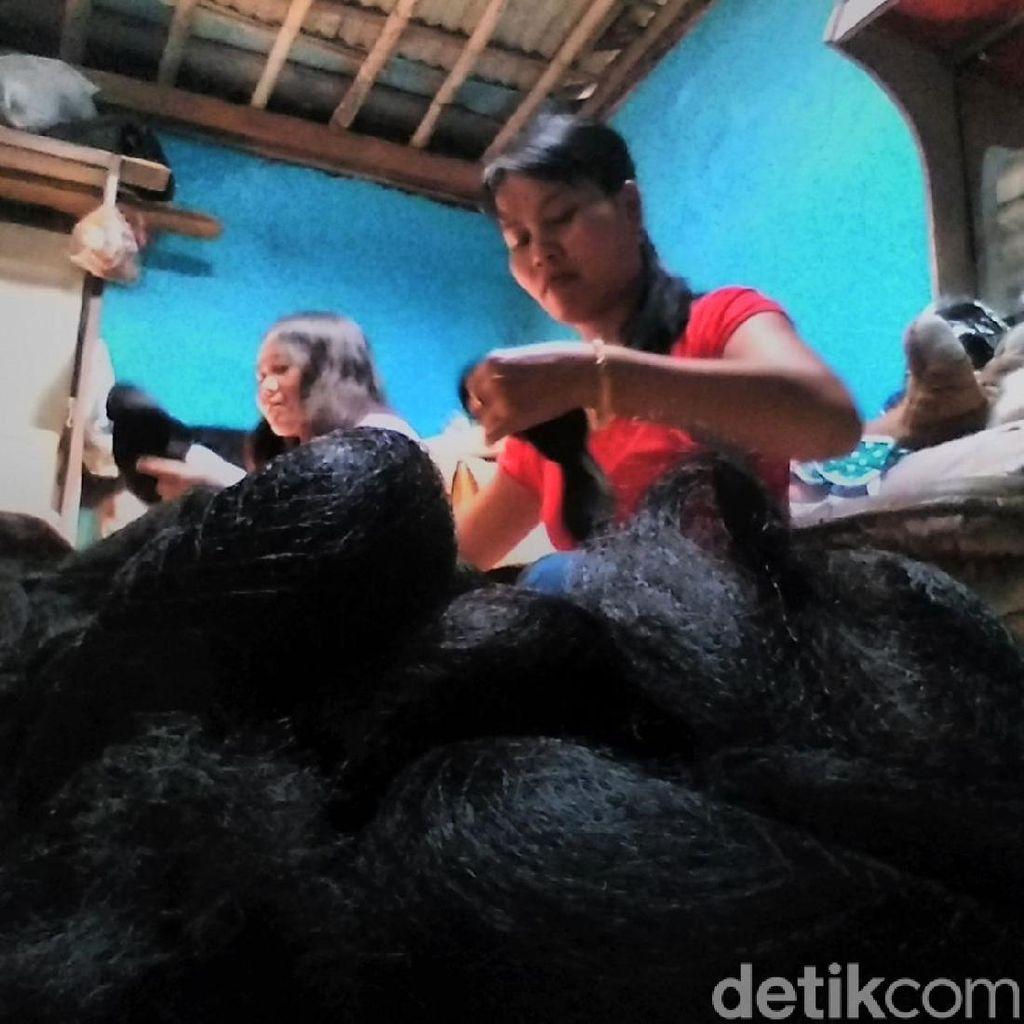 Menelusuri Asal Usul Industri Rambut Palsu di Purbalingga