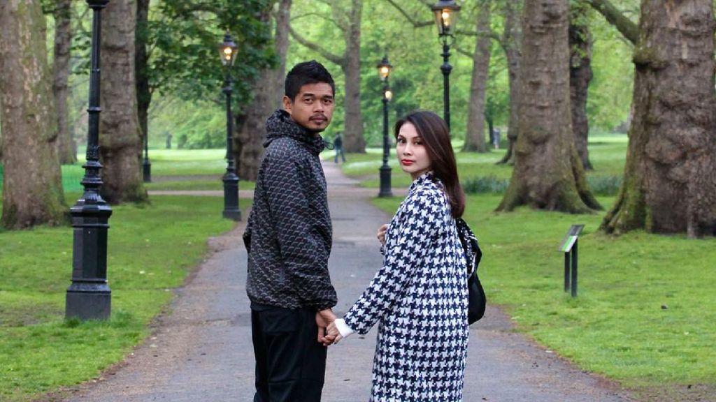 Menikah Belasan Tahun, Bepe dan Istri Makin Kompak dan Mesra Nih
