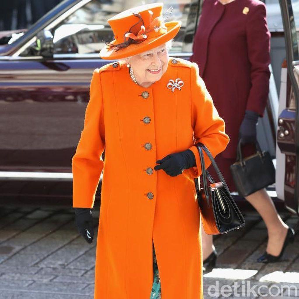 Ultah Ke-92 di Hari Kartini, Ini 10 Fakta Unik Gaya Ratu Elizabeth II