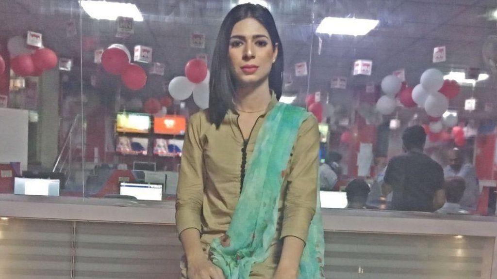 Televisi Pakistan Tampilkan Penyiar Transgender Pertama