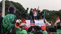 Driver Ojol: Jokowi Kaget Tarif Kelewat Murah