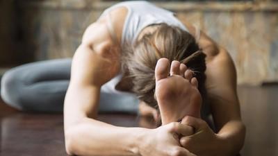 Yoga Sambil Menyusui Anak, Yes or No?
