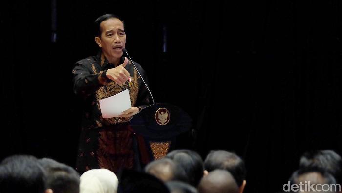 Permudah Perizinan, Jokowi: Yang Main-main, Pasti Saya Hajar