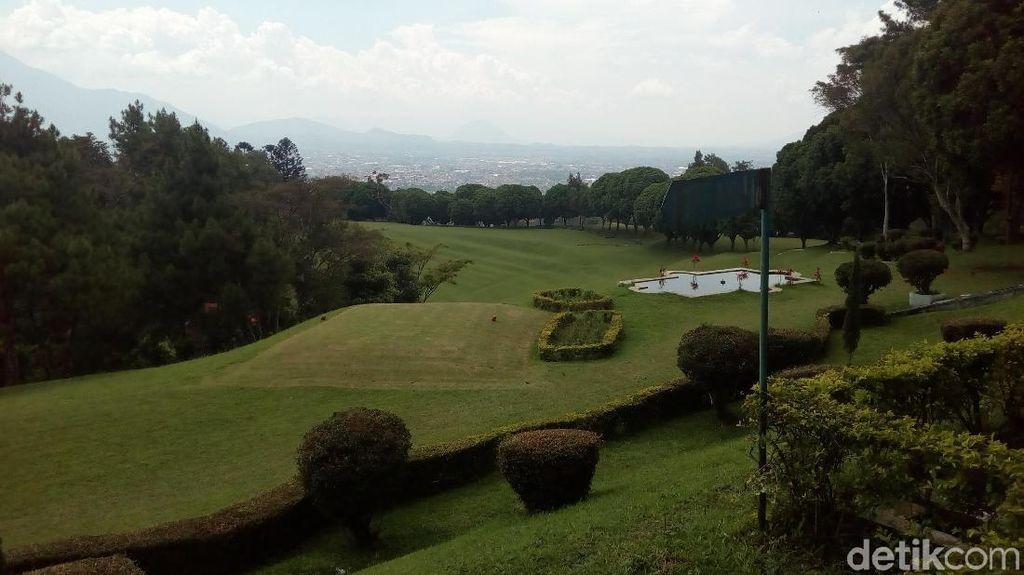 Melihat Indahnya Lapangan Golf Warisan Belanda di Garut