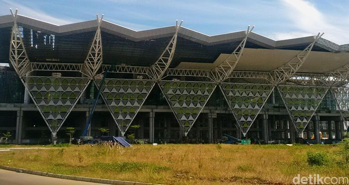 Kemegahan terminal utama BIJB sudah mulai terlihat.