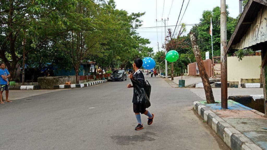 Seru! Tak Hanya Pelari, Anak-anak Juga Ramaikan Plogging Run