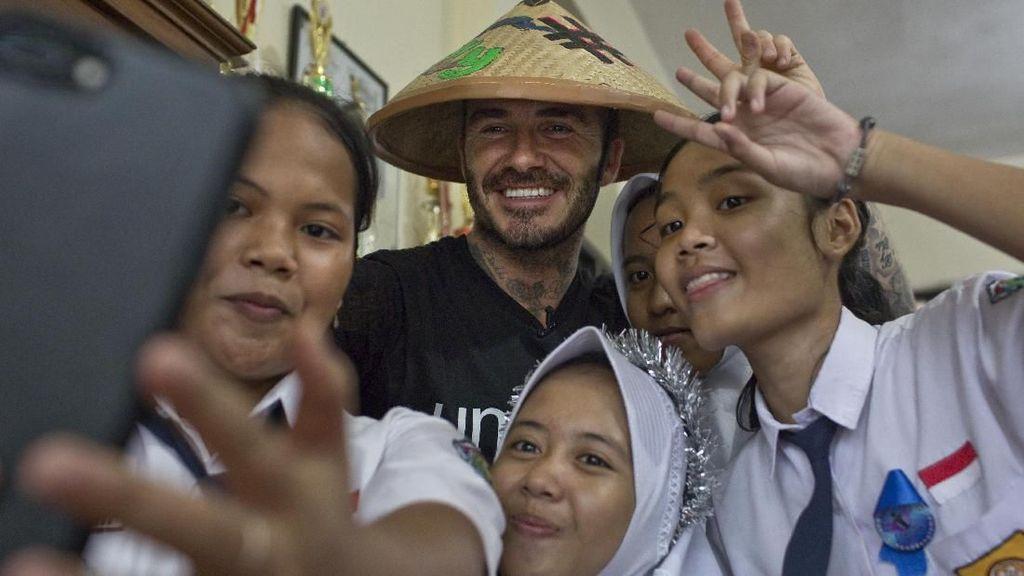 Senyum Beckham di Tengah Anak-Anak Indonesia