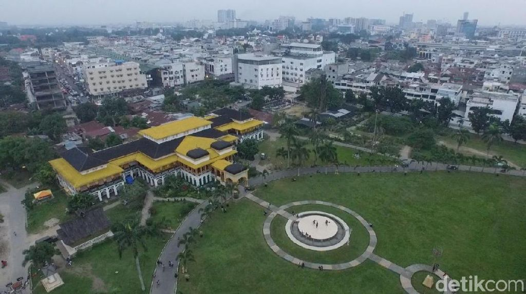 Foto Drone Istana Maimun dan Pedalaman Tobasa