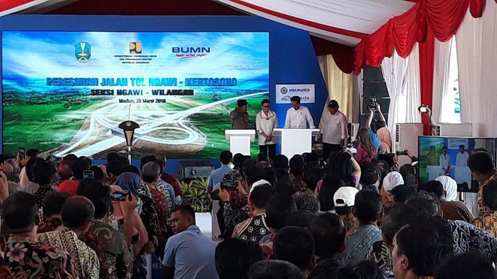 Tempelkan e-Toll, Jokowi Buka Tol Ngawi-Wilangan 52 Km