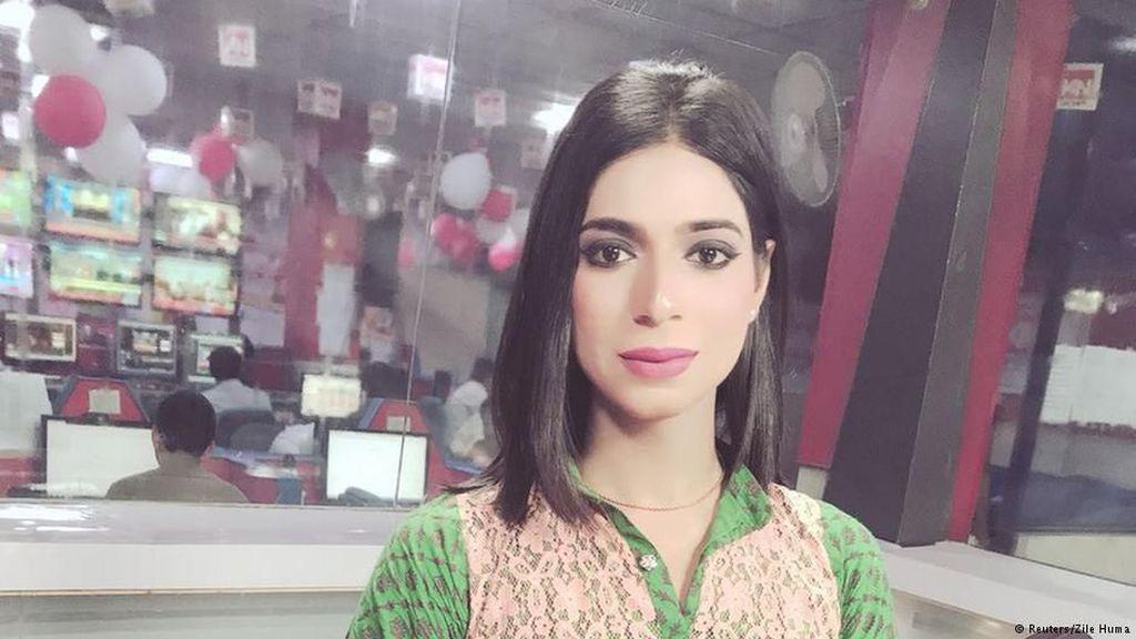 Presenter Transgender Pertama Pakistan Berjuang untuk Bisa Diterima