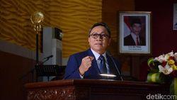 Ketua MPR Jelaskan Foto Putranya Bareng Perempuan di Kolam Renang