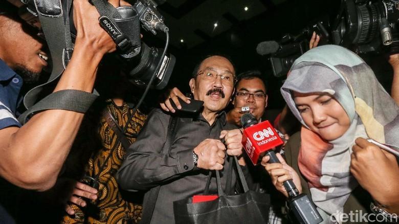 Fredrich: AKP Reza dan Aziz Samual Ikut Antar Novanto ke RS