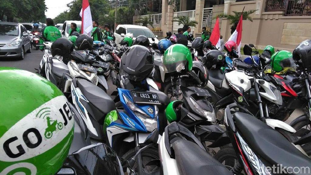 Sepeda Motor Jadi Angkutan Umum, Undang-undang Harus Direvisi