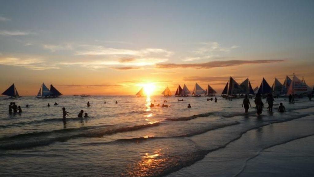 Duterte Minta Pulau Wisata Boracay Ditutup