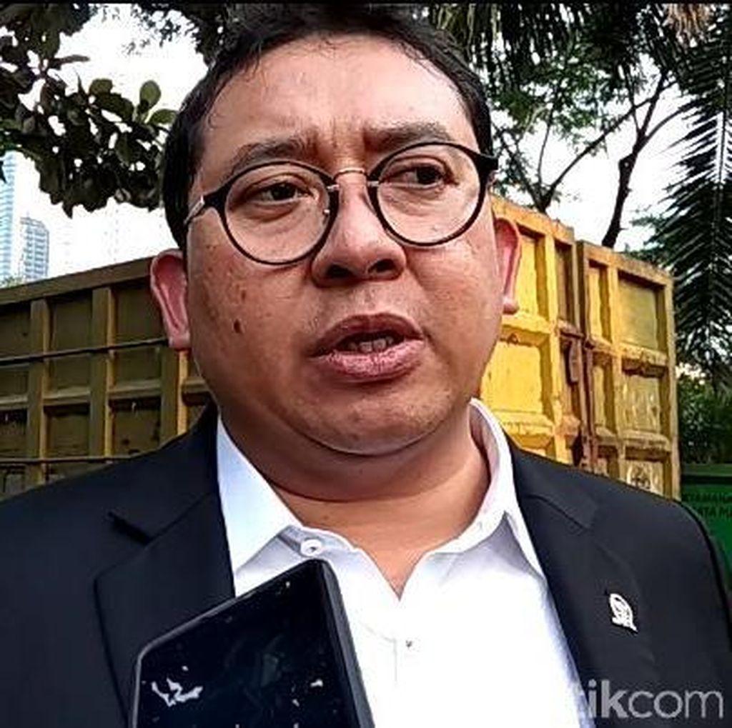 Fadli Zon Bicara Soal Heli Jatuh dan Banyaknya Tenaga Kerja China
