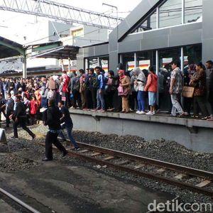 Kok Kereta Bandara Numpang Jalur KRL Duri-Tangerang?