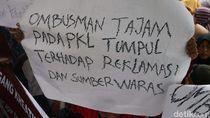 PKL Tanah Abang Geruduk dan Gelar Lapak di Ombudsman