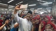 Kunjungi Pabrik Rokok, Gus Ipul Senang Tembakau Lokal Terserap