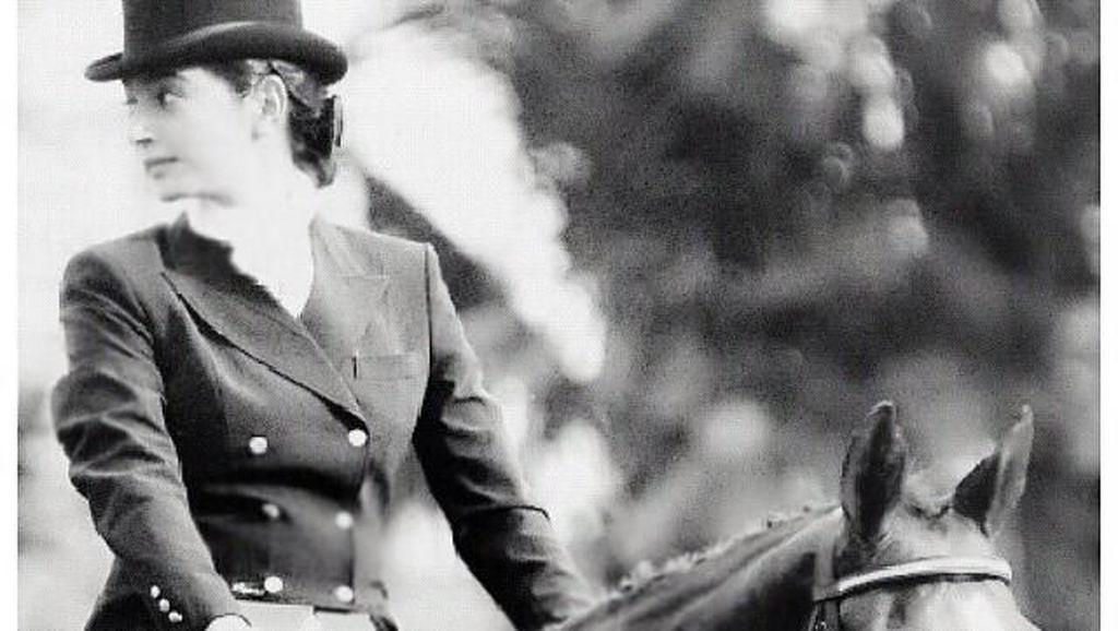 Anggun! Ini Bukti Kalau Nabila Syakieb Memang Cinta Berkuda Sejak Dulu