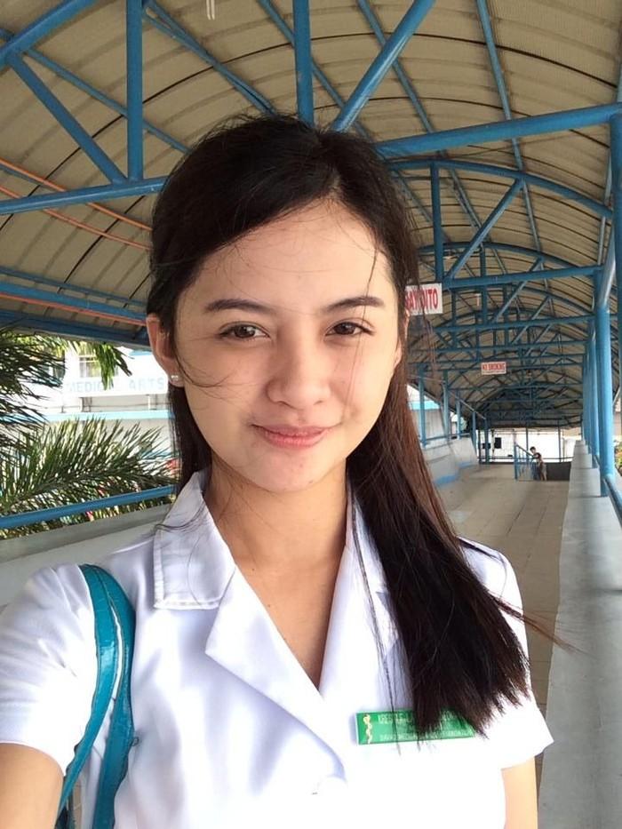 Berasal dari Manila, Filipina, Krestle adalah seorang perawat terdaftar. (Foto: Facebook/Krestle Deomampo)
