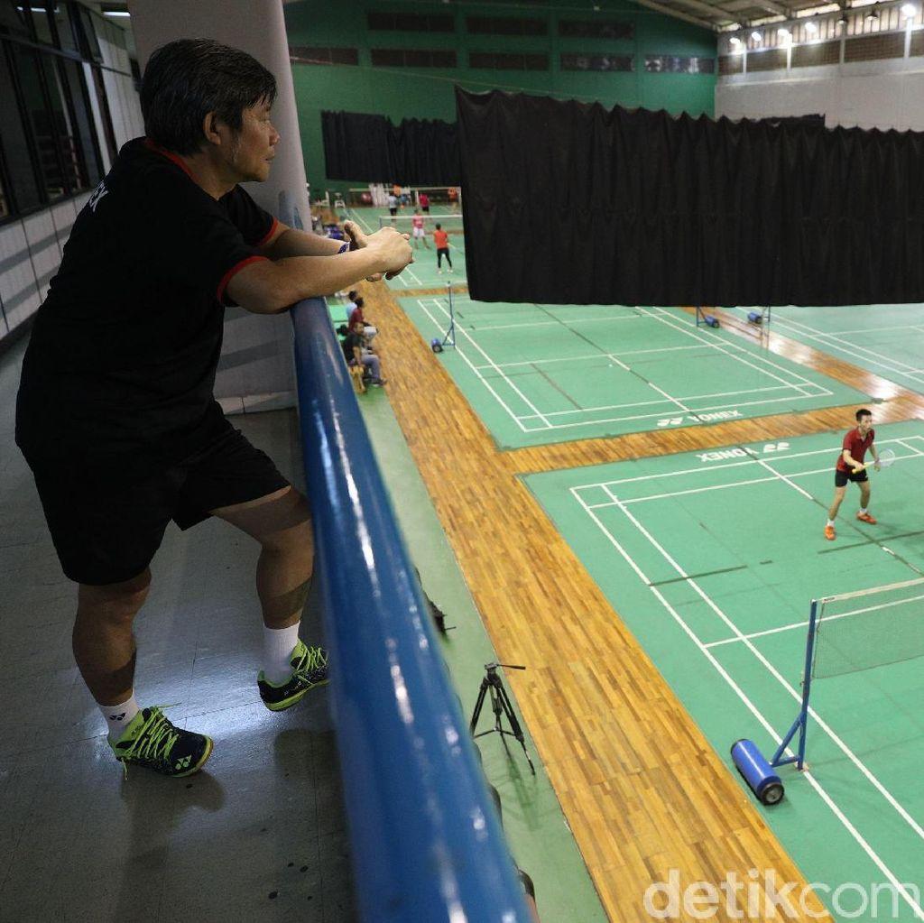 Herry Iman Pierngadi Pelatih Timnas yang Tak Punya Klub