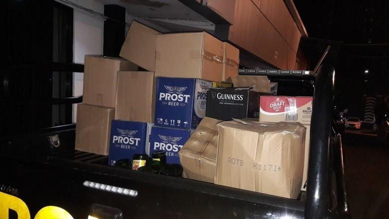 Razia Miras di Depok, 1.500 Botol Disita Polisi