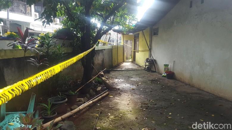Polisi Periksa CCTV soal Pembunuhan Pensiunan AL