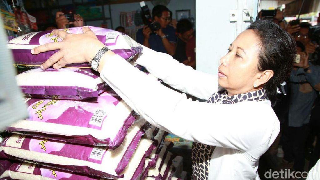 Ke Banyuwangi, Rini Borong Beras Organik hingga Jagung