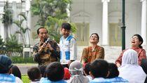 Momen Alarik Bocah Survivor Kanker Tepuk Pundak Jokowi